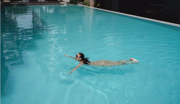 ukuran ideal membuat kolam renang