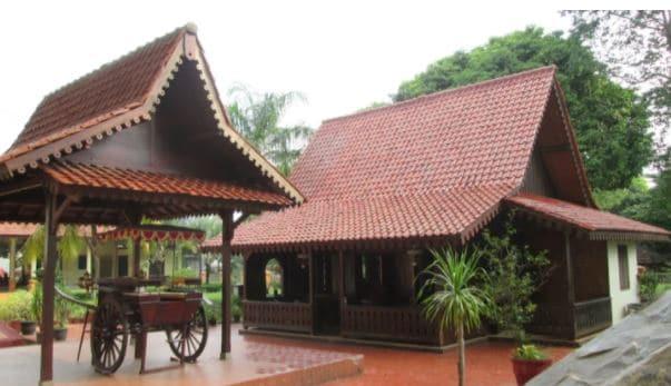 gambar rumah gudang betawi