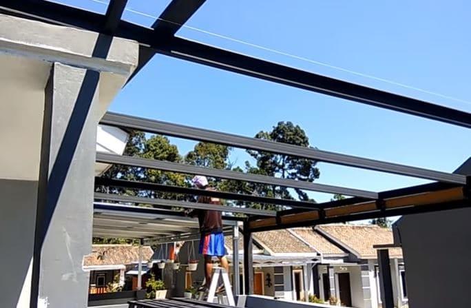 rangkaian atap baja ringan