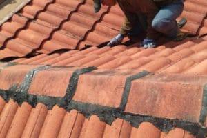 Biaya Perbaikan Atap Bocor, Termasuk Plafon & Cat Dinding