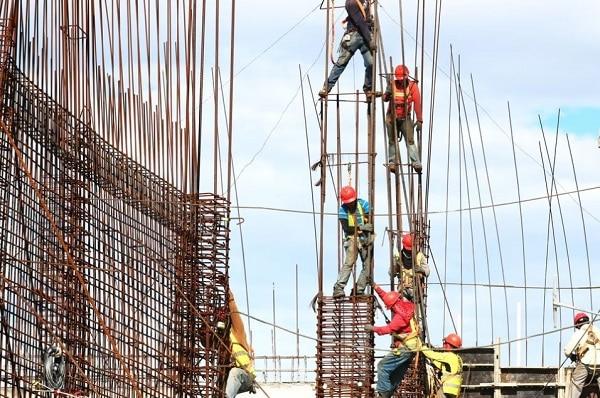 konstruksi besi baja beton